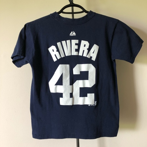 purchase cheap 60d25 15c58 Majestic New York Yankees Mariano Rivera #42 Tee